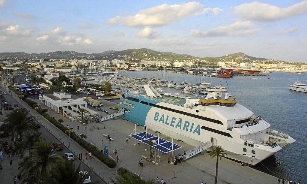 Autoritat portu ria destinar la actual ubicaci n del for Oficina balearia ibiza