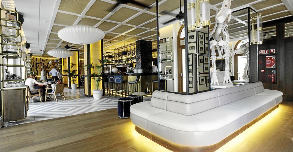 El resurgir del hotel montesol el econ mico noticias - Hoteles 5 estrellas ibiza ...
