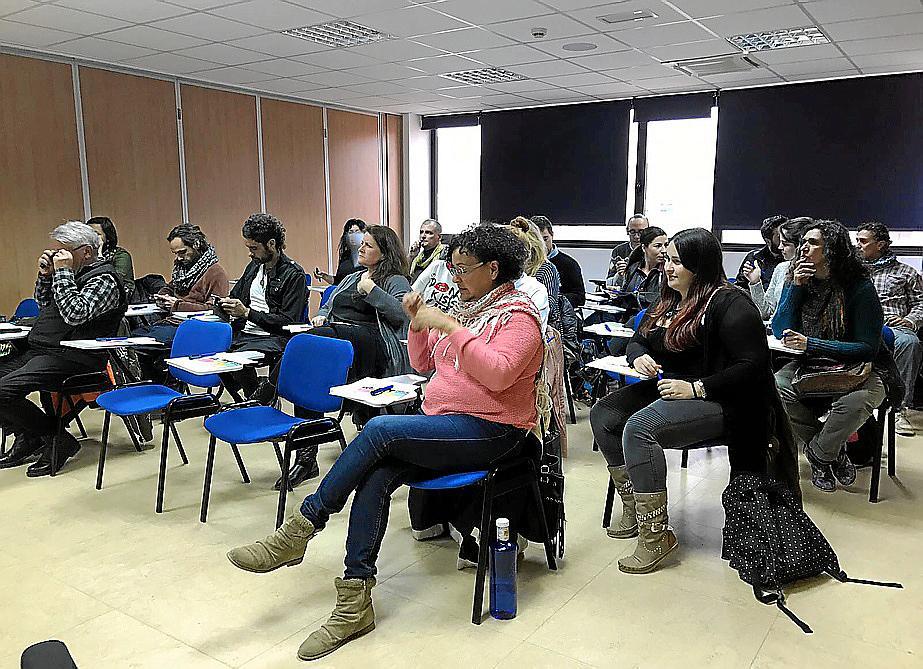 Proyectos alternativos en la jornada sobre turismo for Oficina turismo formentera