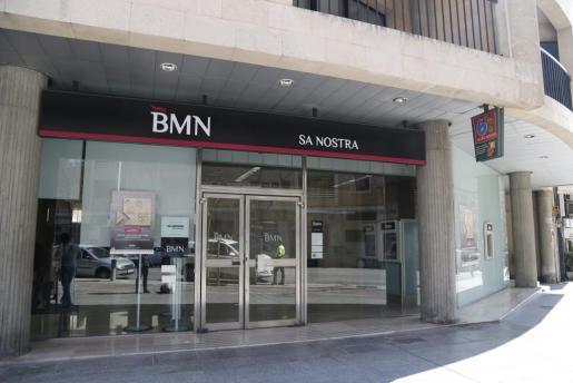 bankia absorbe bmn por 825 millones nacional noticias