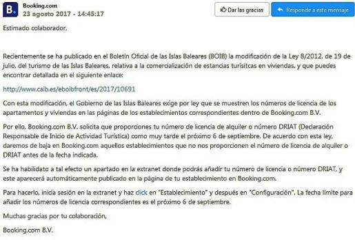 La notificación de Booking a sus colaboradores.