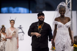 Tony Bonet y Virginia Vald brillan en Madrid Bridal Week 2018 de la mano de Adlib Moda Ibiza